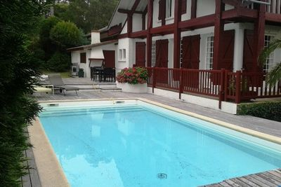 Seignosse - Confortable villa rénovée avec piscine sur jardin clos