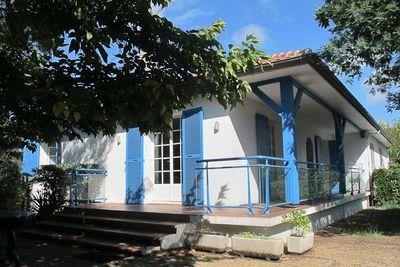 Hossegor - Jolie villa mitoyenne avec jardin indépendant idéalement située entre