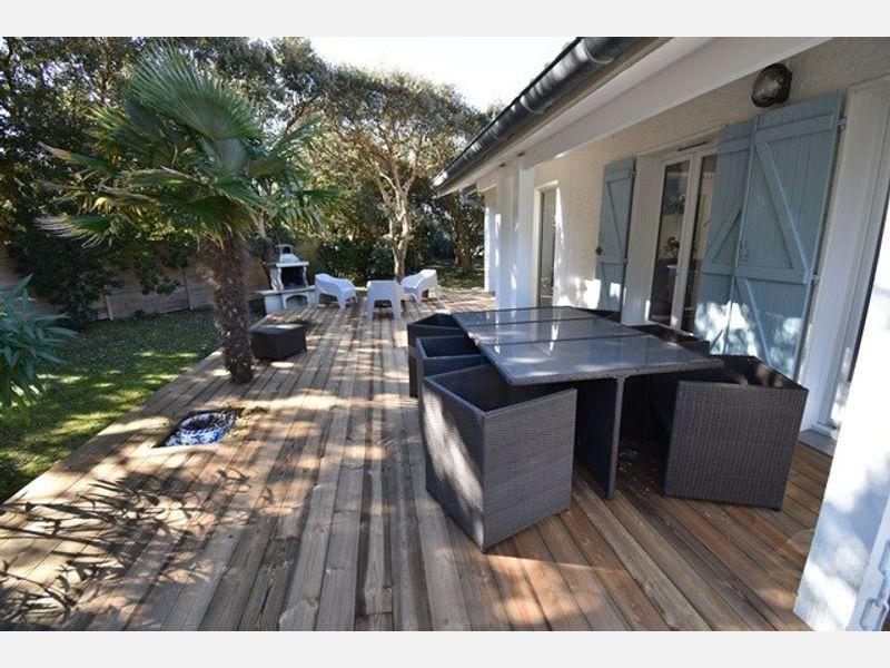 Holiday rental villa ref:0588