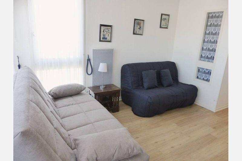 Appartement à louer  - ref:0381