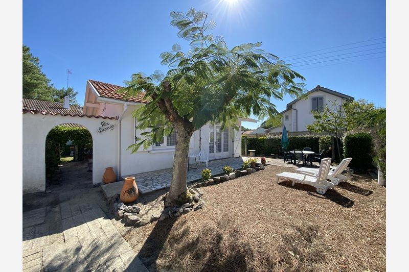 Holiday rental villa in Capbreton for 3 from Agence Petit