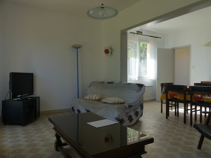 holiday Holiday villa for 5 to rent in Vieux Boucau to rent from Agence Bouquet