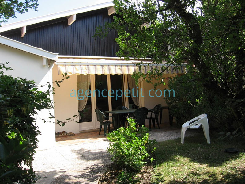 Holiday rental villa in Hossegor for 4 from Agence Petit