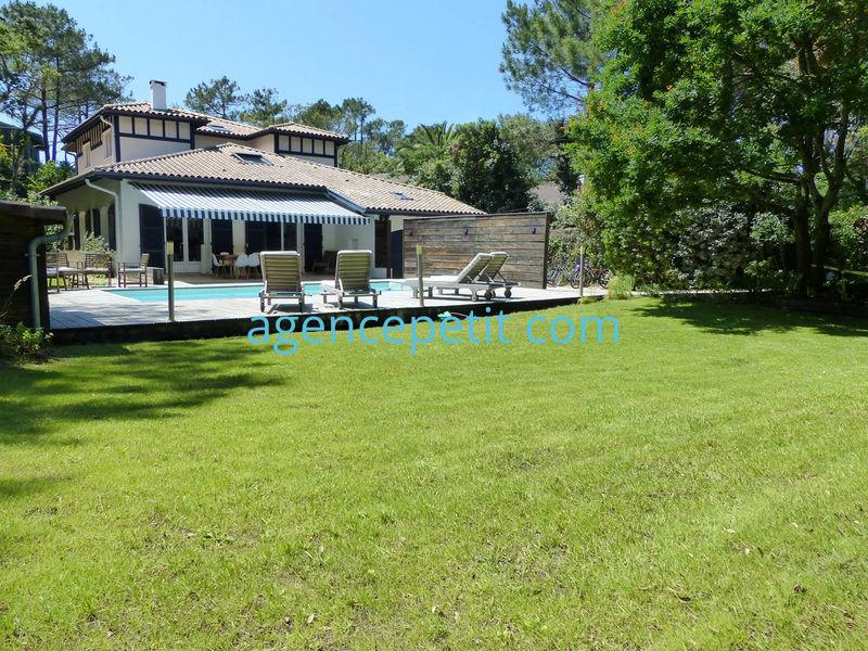 Holiday rental villa in Hossegor ref:0556