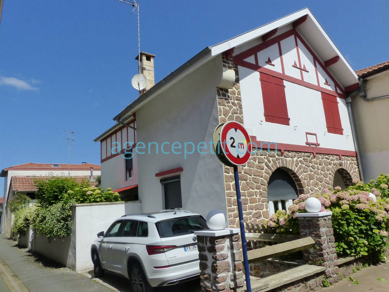 Holiday rental villa in Capbreton for 8 from Agence Petit