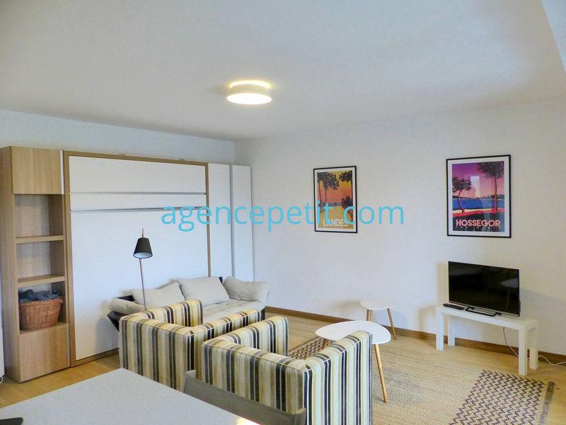 Appartement à louer  - ref:0672