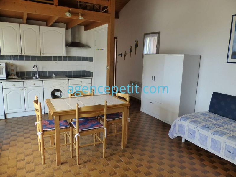 Appartement à louer  - ref:0237