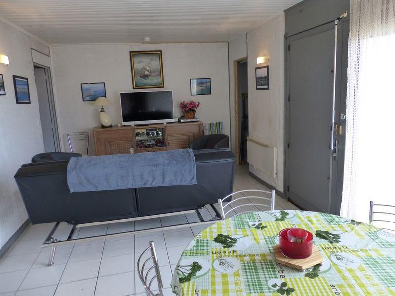 Appartement à louer  - ref:0446
