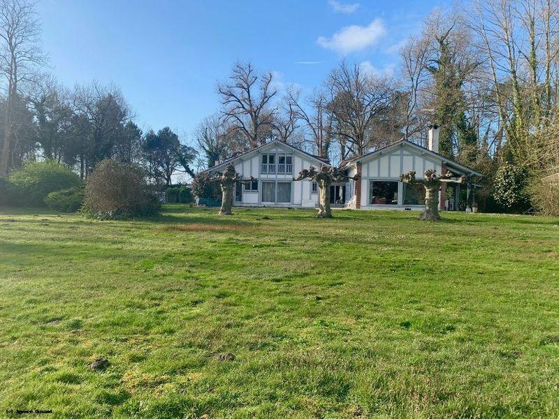 Maison Tosse 260 m2 à Tosse