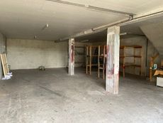 Local commercial to rent in Helette