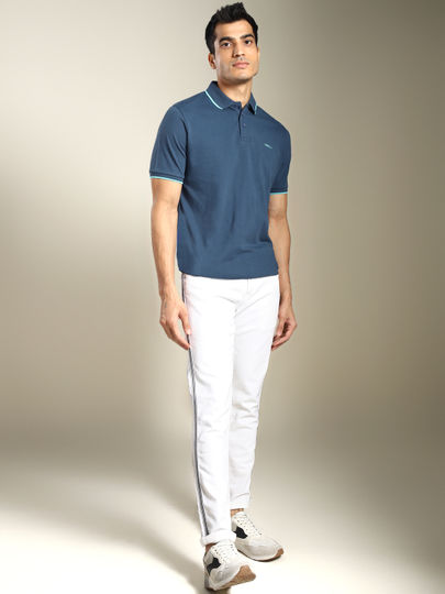 Blue Contrast Tipping Solid Polo T-shirt