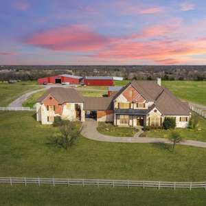 Collin County Ranch Is What Texas Dreams Are Made Of