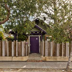 Dreamy, Venice, Gated Original 1910 California Craftsman with Studio!