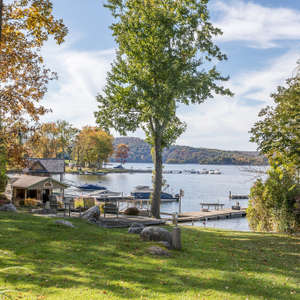 Direct Waterfront w/GUEST HOUSE