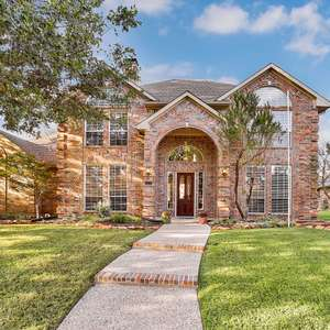 WEST PLANO, POOL + SPA, 4 BED, 3.5 BATH, ALL BRICK HOME on ¼ ACRE with MATURE TREES