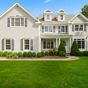 Sophisticated and Immaculate Classic Colonial