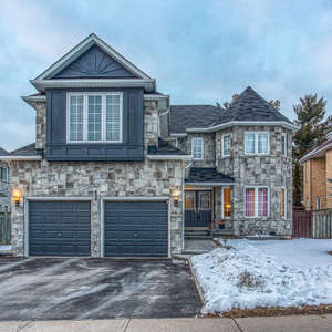 Large Executive Home in Desirable North Ajax