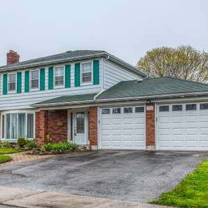 Renovated Home on Huge Lot!