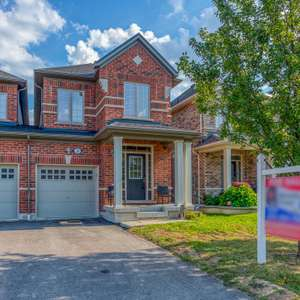 Beautiful Family Home in Desirable Ajax Community