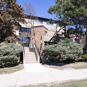 Erin Mills Stacked Condo Townhome