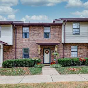 Adorable and Affordable Condominium in Columbia