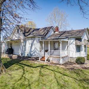 Adorable and Updated with a Big Yard!