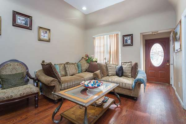 Full-size furniture can fit inside the House for sale In Jamaica Queens NY