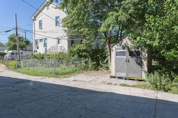 Side yard of this House for sale In Jamaica Queens NY