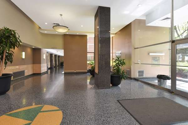 Great lobby and in well-kept Coop for sale Brooklyn