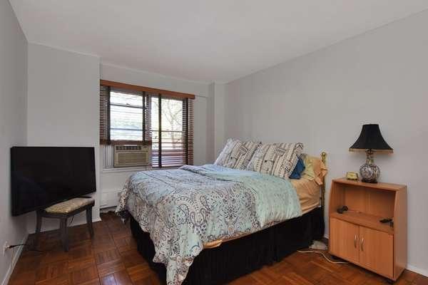 Large bedroom in Coop for sale Brooklyn