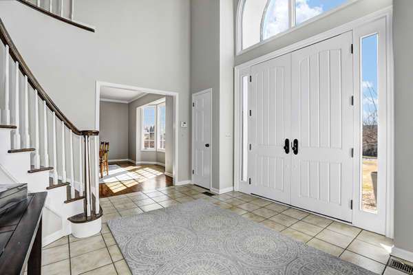 WELCOMING ENTRY FOYER