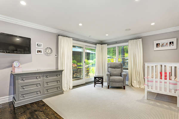 ONE OF 5 BEDROOMS. THIS BEDROOM BOASTS IS A JACK & JILL BATH, A DOOR TO THE YARD. GREAT FOR A GUEST SUITE OR OFFICE