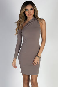 """Cruise Queen"" Taupe One Shoulder Dress image"