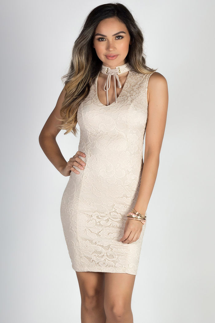 On The Town Nude Lace Sleeveless Lace Up Collar Choker Dress