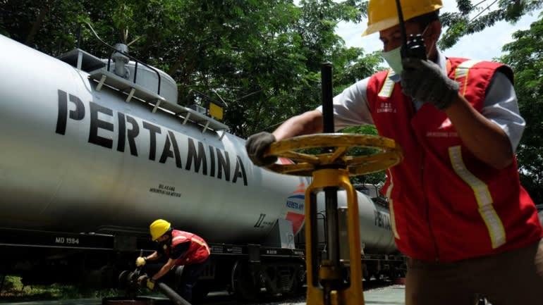Palm oil biodiesel makes volatile bet for Indonesia's Pertamina