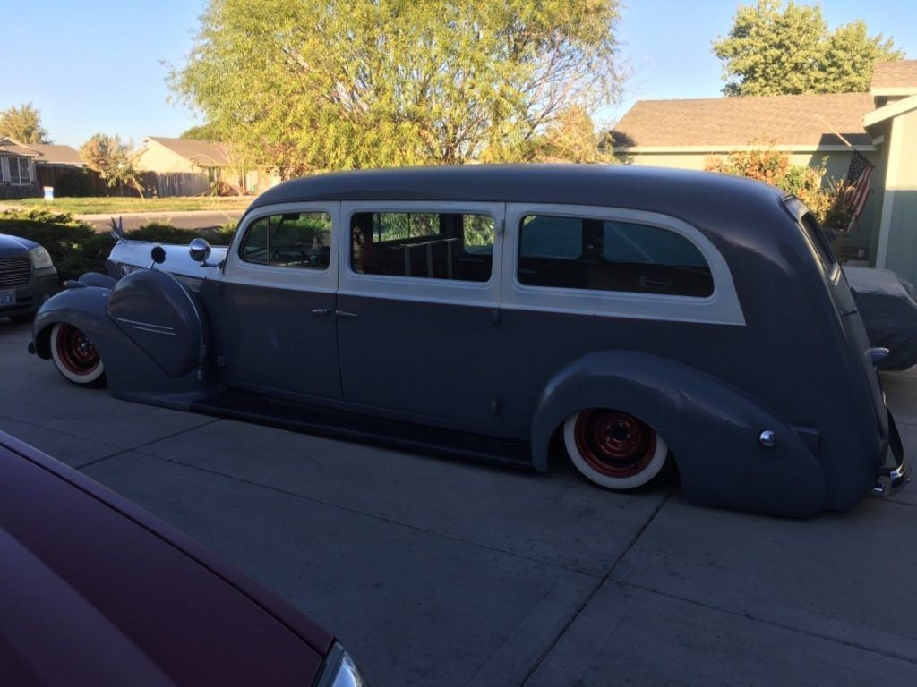 SOLID 1940 Packard