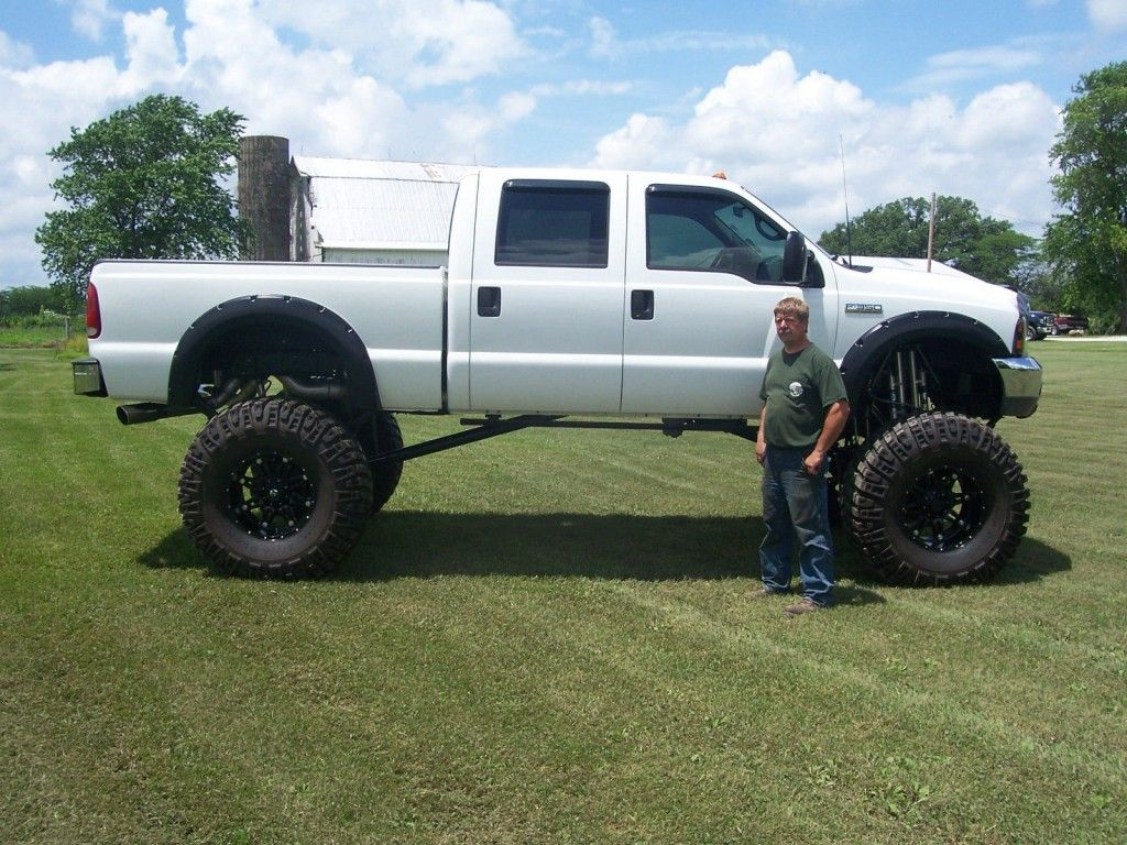 2001 Ford F-350 crew cab Monster truck