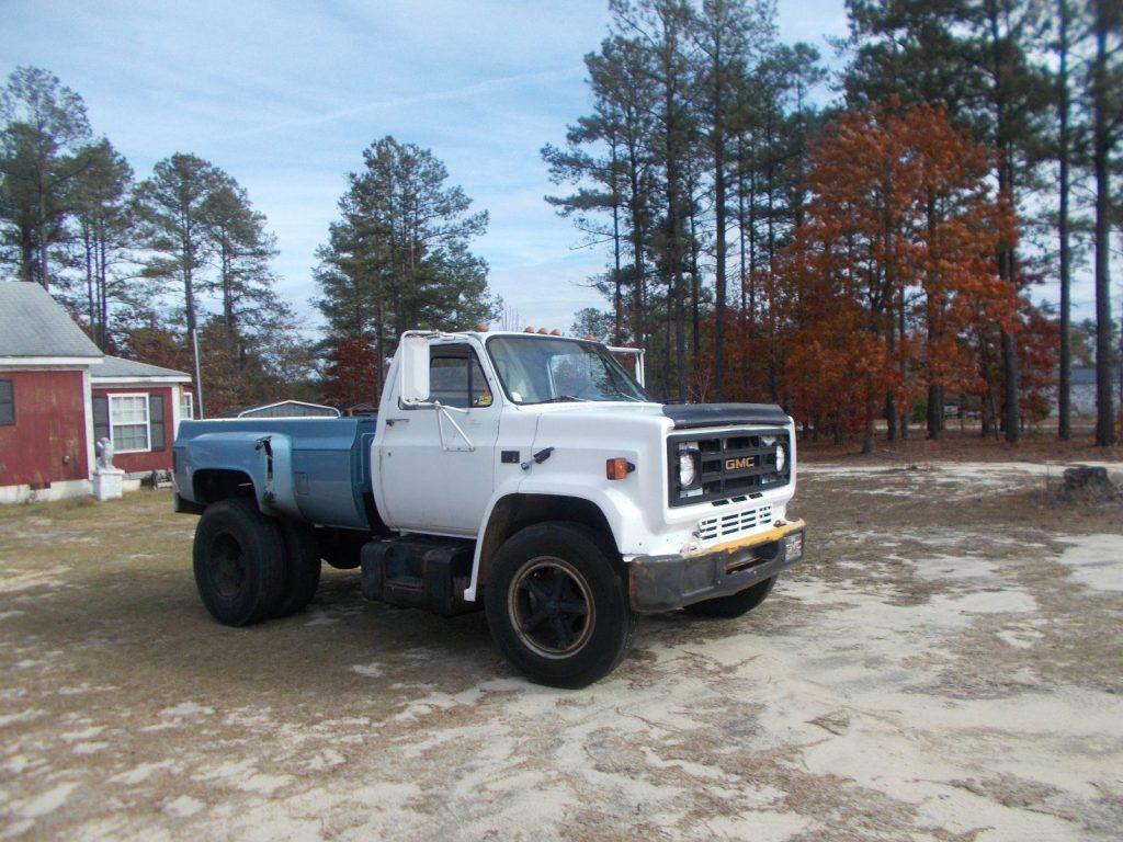 project 1983 Chevrolet monster truck