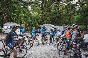 Aptonia termékteszt - A képen a kerékpáros edzés résztvevői