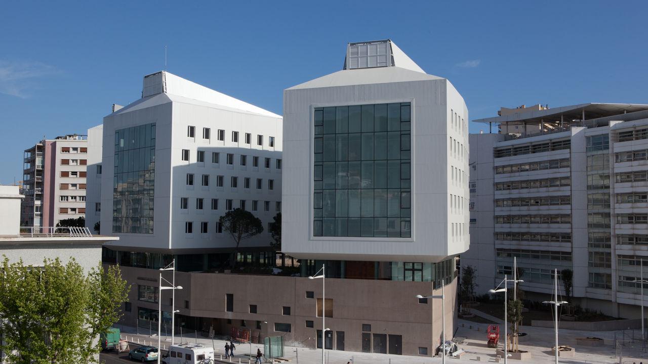 Photo du projet Réalisation de la Maison de la Recherche Euroméditerranéenne et de l'Institut Ingémédia à Toulon
