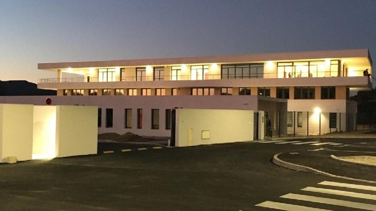 Photo du projet Equipements publics (la Crau) Construction du siège du centre de gestion de la fonction publique territoriale et d'un centre de concours et d'examens