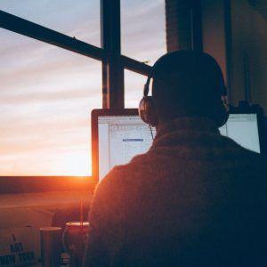 seo webinars in ireland in 2020 - man in front of desktop by the window