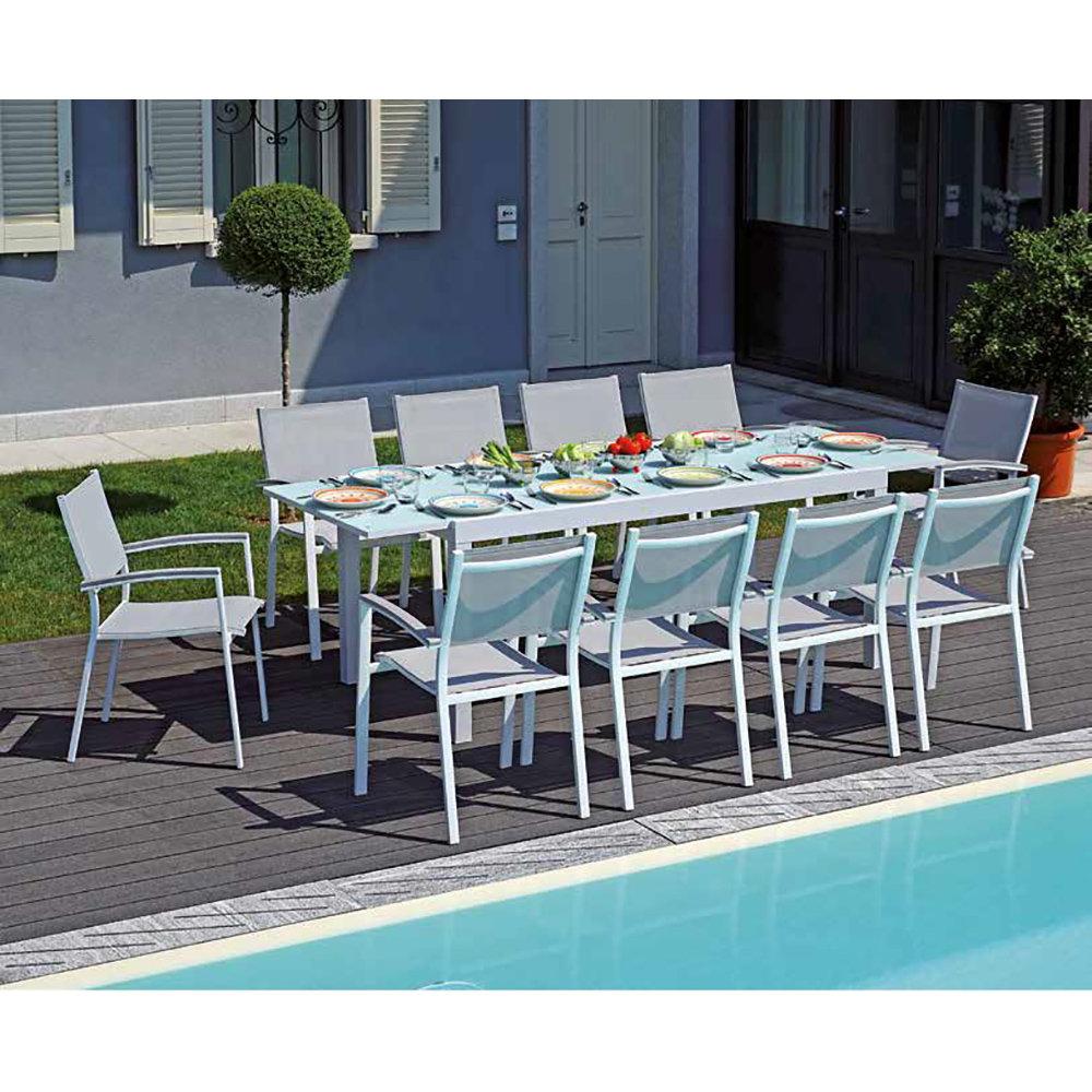 Tavolo napoli in alluminio e vetro vivi l 39 esterno for Arredo esterno napoli