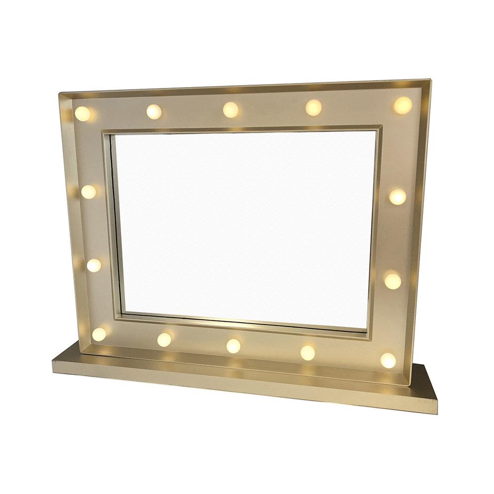 Specchio da tavolo con luce maison mon amour acquista for Specchio da tavolo con luce ikea