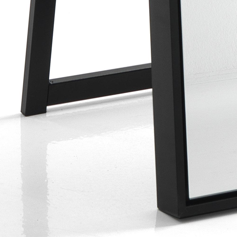 Un bagno da sogno specchio da terra parete lely 180 in for Specchio da parete 180 cm