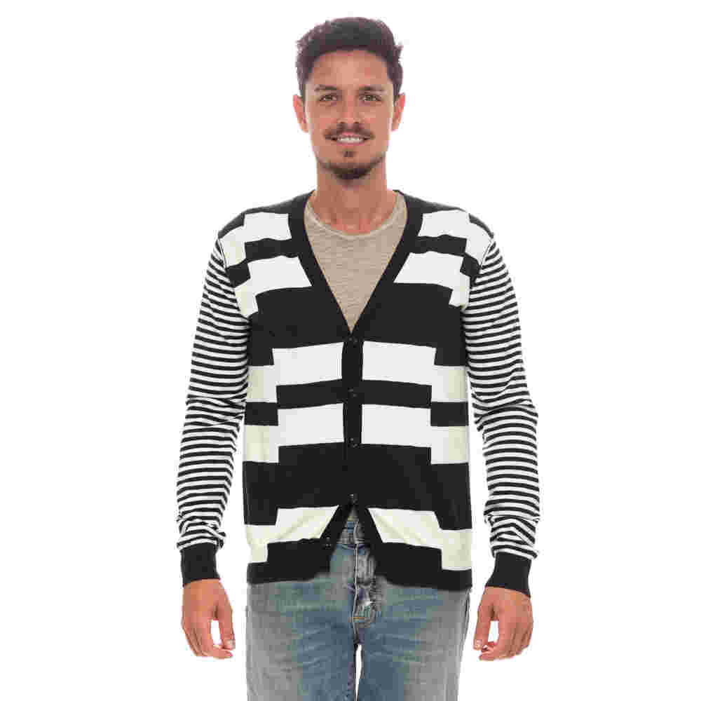 Cambio Armadio Abbigliamento Uomo - Acquista su Ventis. c6232ac3248