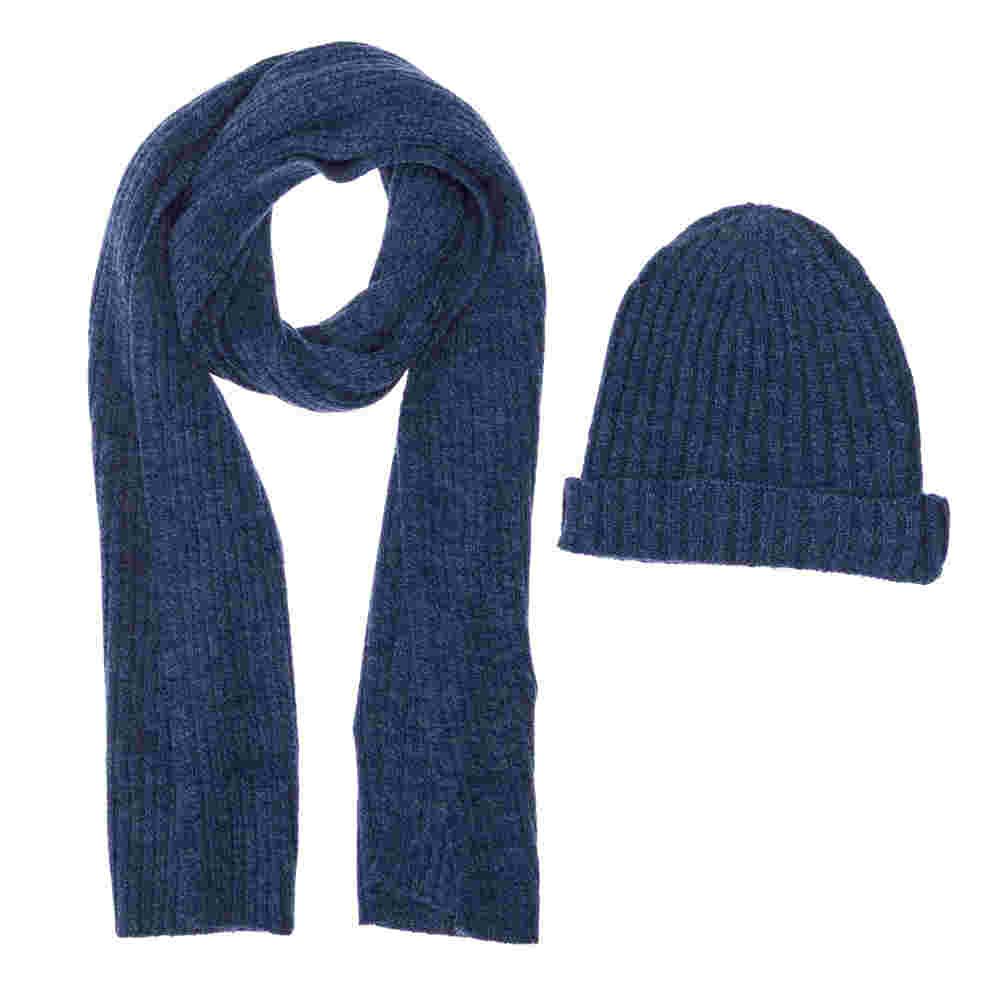 Sciarpa e berretto blu chiaro 28747fa9b4bc