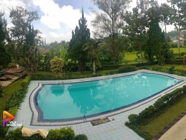 Sewa Villa Coolibah Kembar 5 Kamar Kolam Renang Pribadi