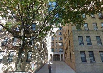 91 E 208 Street