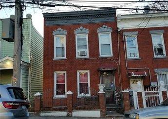1643 Taylor Avenue